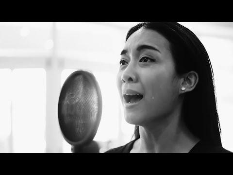 สรรเสริญพระบารมี - Thai Royal Anthem (With Closed Captions)